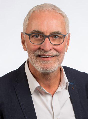 Roland Köth